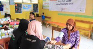 Aksi Layan Sehat (ALS) Indosat - LKC untuk korban banjir Banten Foto:Gus Muh/LKC