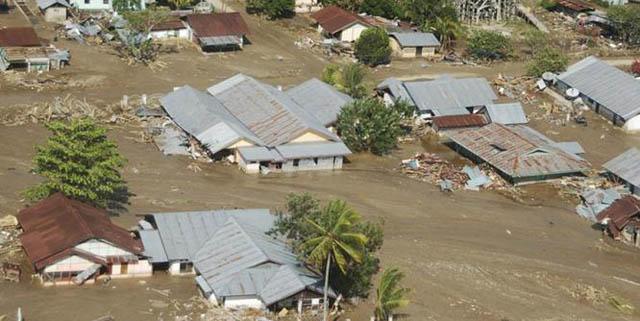 Hasil gambar untuk foto banjir bandang di garut
