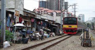 Salah satu sudut pemukiman padat penduduk di Jakarta