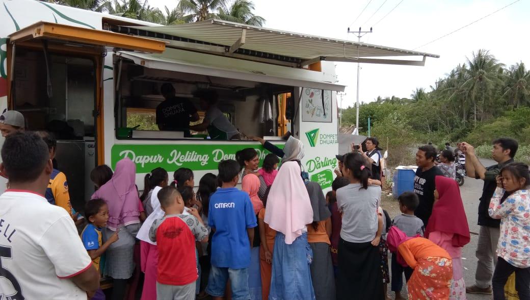 Gempa Palu Darling Dompet Dhuafa Bagi Ribuan Porsi Makanan Untuk